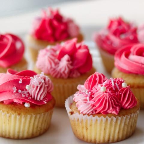 Zdobenie cupcakes
